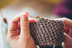 5. Working this direction, you are kind of yuh (yarn under hook) instead of yoh (yarn over hook).
