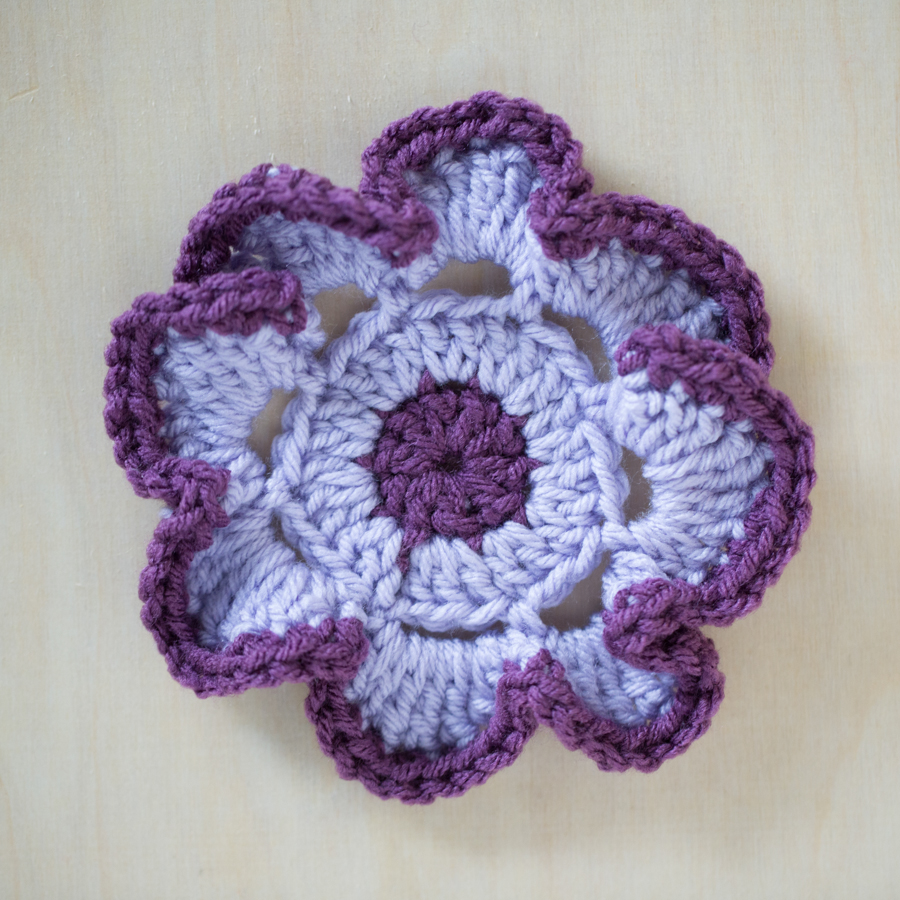 Free Pattern and Tutorial: Small 5 Petal Flower | The ...