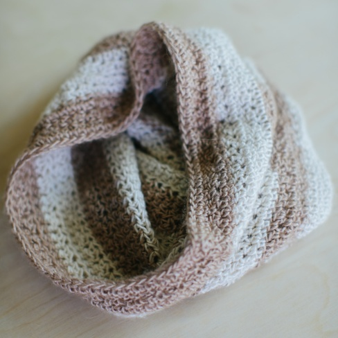 Coffee and cream cowl-01
