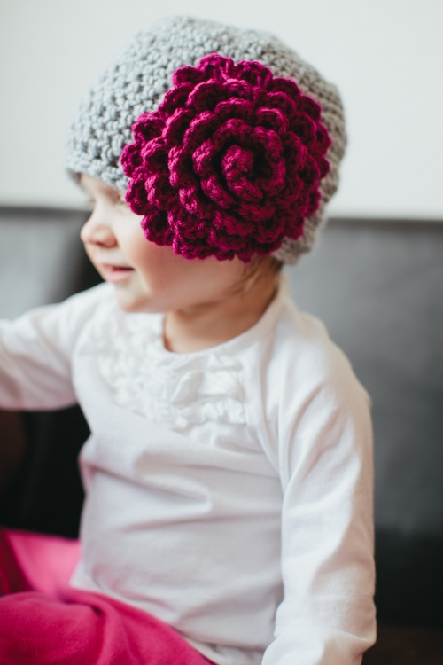 Beanie with flower-06