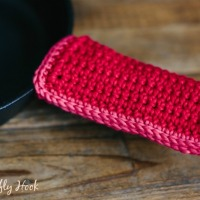 Double Layered Handle Holder - Free Crochet Pattern