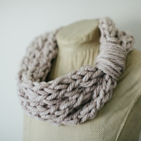 Finger-knit Cowl & Tutorial (FREE!)