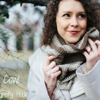 Llama Cowl Free Crochet Pattern