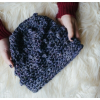 Running On Yarn Cowl & Hat - Crochet Patterns By The Firefly Hook
